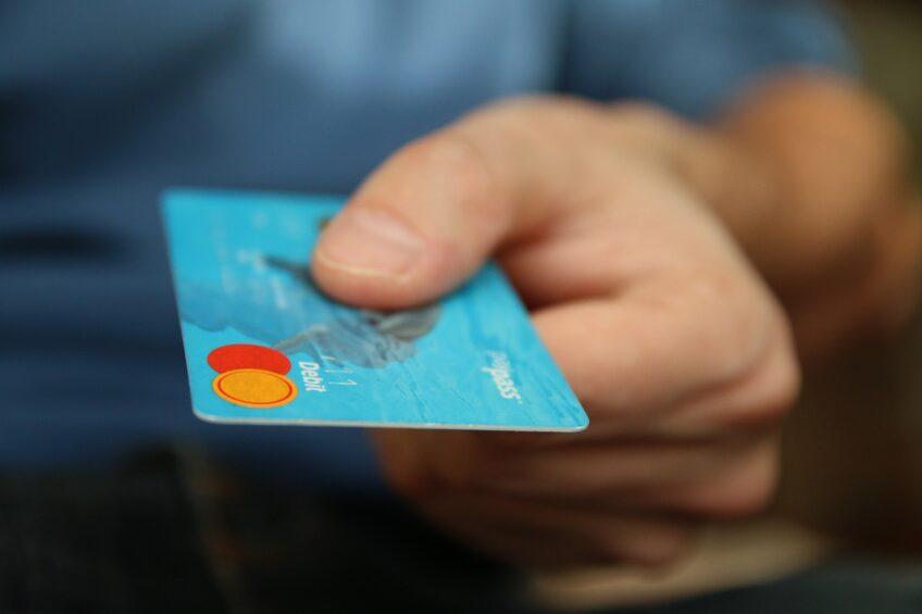 Pieniądze w związku – rozdzielać czy mieć wspólne konto?