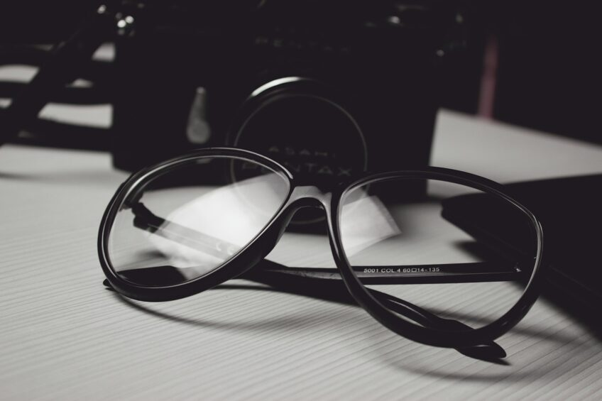 Jak wybrać okulary idealne?