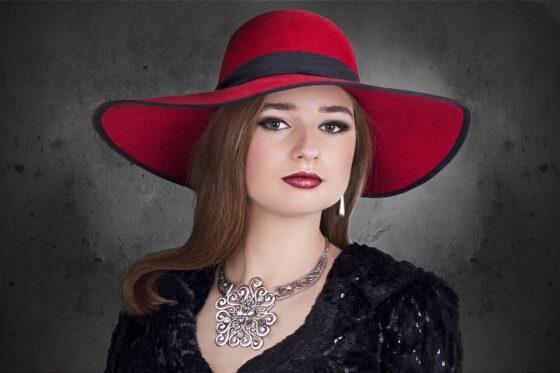 Biżuteria artystyczna, czyli moda na niepowtarzalne błyskotki